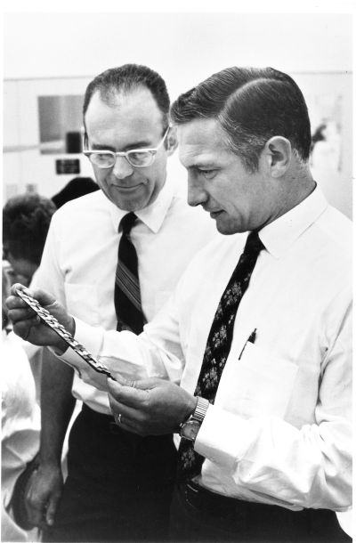 Robert Noyce und Gordon Moore (c) des Fotos by Intel